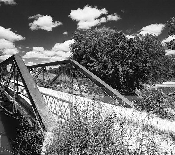 Walkerville Bridge BW
